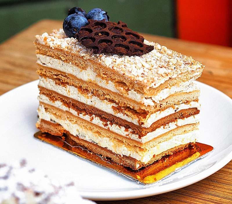 کیک روسی مدوویک